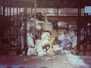 Вывоз мусора контейнером 8 кубов цена